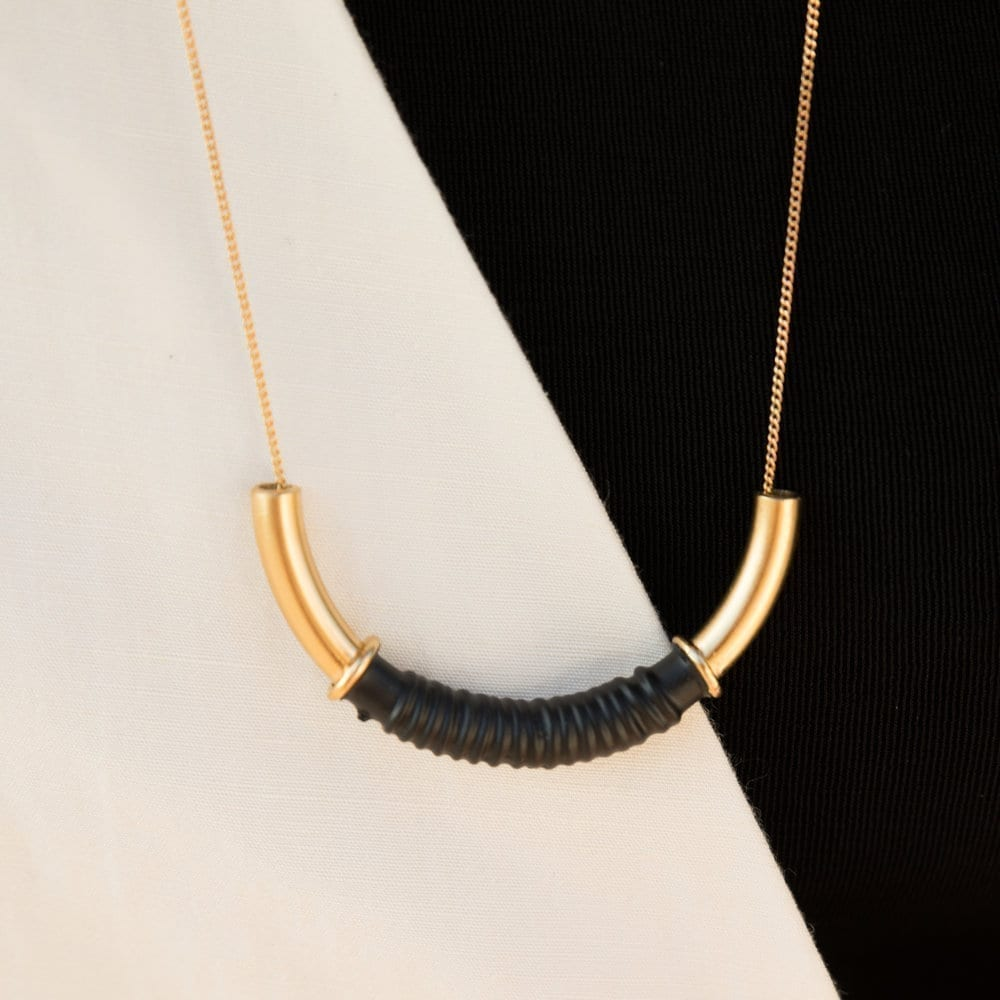 coil necklace
