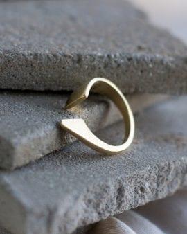 טבעת סנפיר זהב 9K